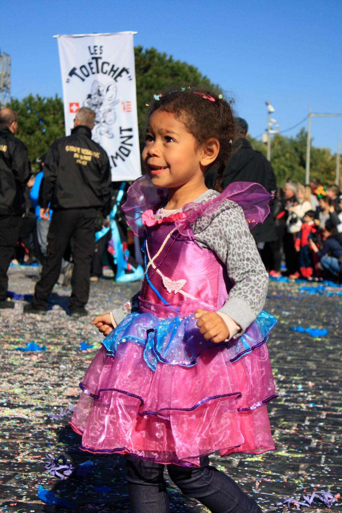 carnaval_de_nice_déguisement_enfant_princesse