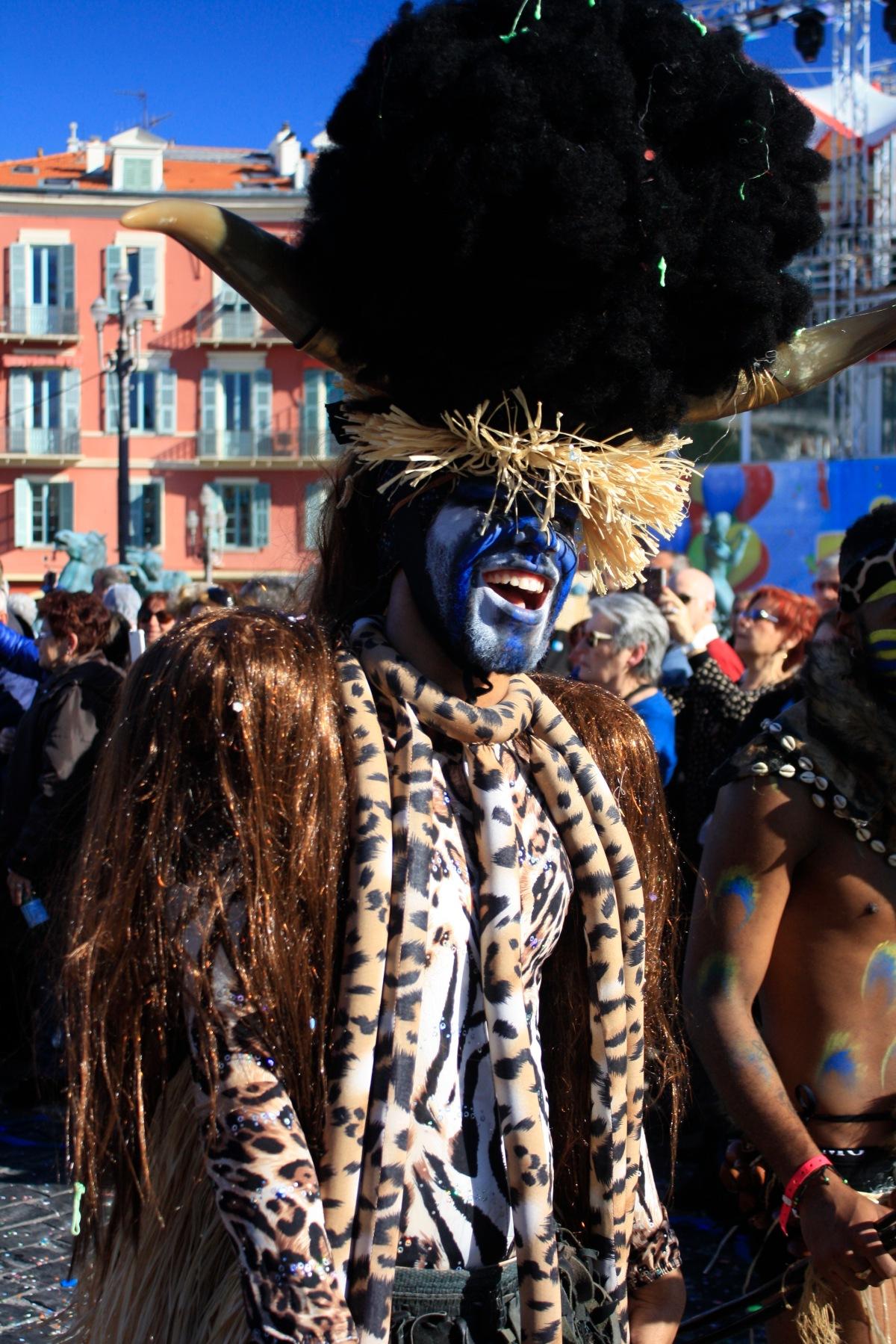 parade_chars_carnaval_de_nice_13