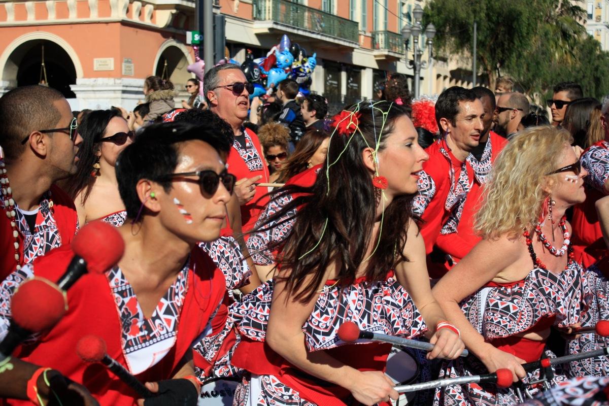 parade_chars_carnaval_de_nice_14