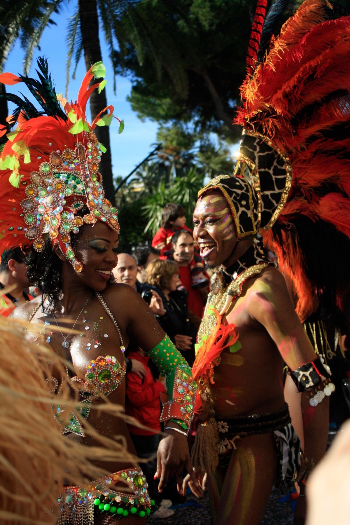 parade_chars_carnaval_de_nice_5
